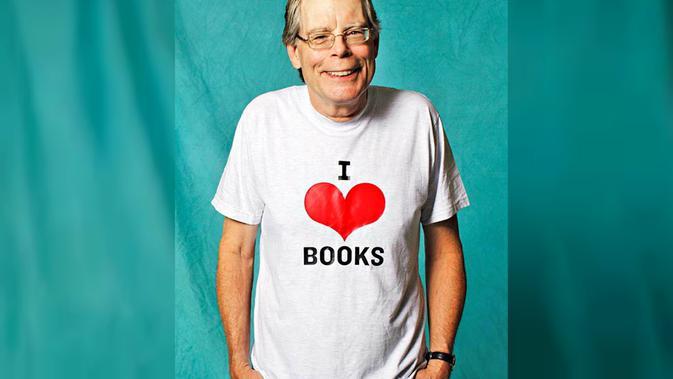 Novelis ternama di dunia, Stephen King (Sumber: Parade.com)