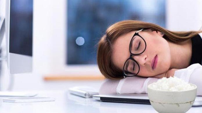 Image result for makanan yang bisa bikin ngantuk
