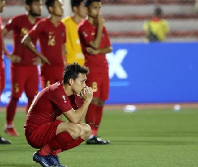 Headline Timnas Indonesia U  Runner Up Sepak Bola Sea Games