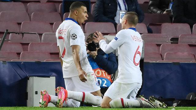 Cetak Hattrick ke Gawang Barcelona, Kylian Mbappe Menolak Segera Teken  Kontrak Baru di PSG - Dunia Bola.com