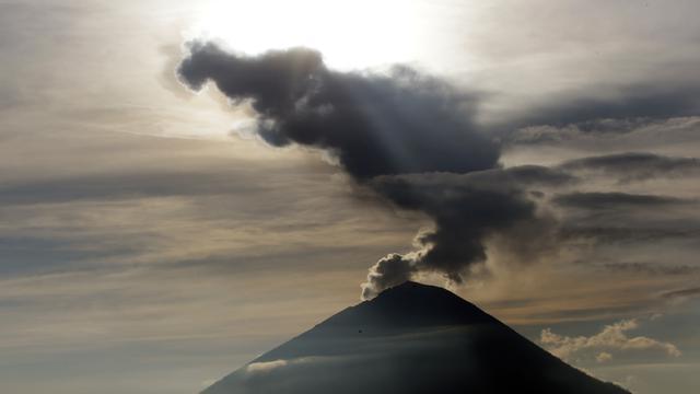 Sunrise Gunung Agung di Bali