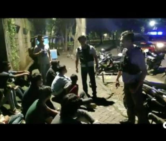 Geng Motor Serang Pria Yang Ikut Sahur On The Road Di Jakarta Selatan