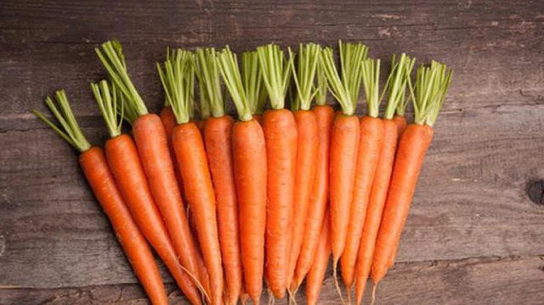 Manfaat wortel untuk mencerahkan bibir