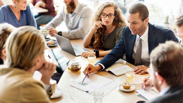5 Tips Sukses Meniti Karier di Bidang Penjualan