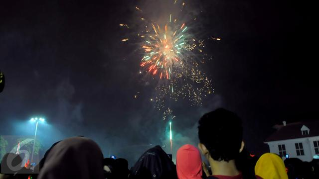 Meriahnya Pesta Tahun Baru Di Papua Dan Bandung News Liputan6 Com