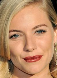 Sienna Miller red lipstick