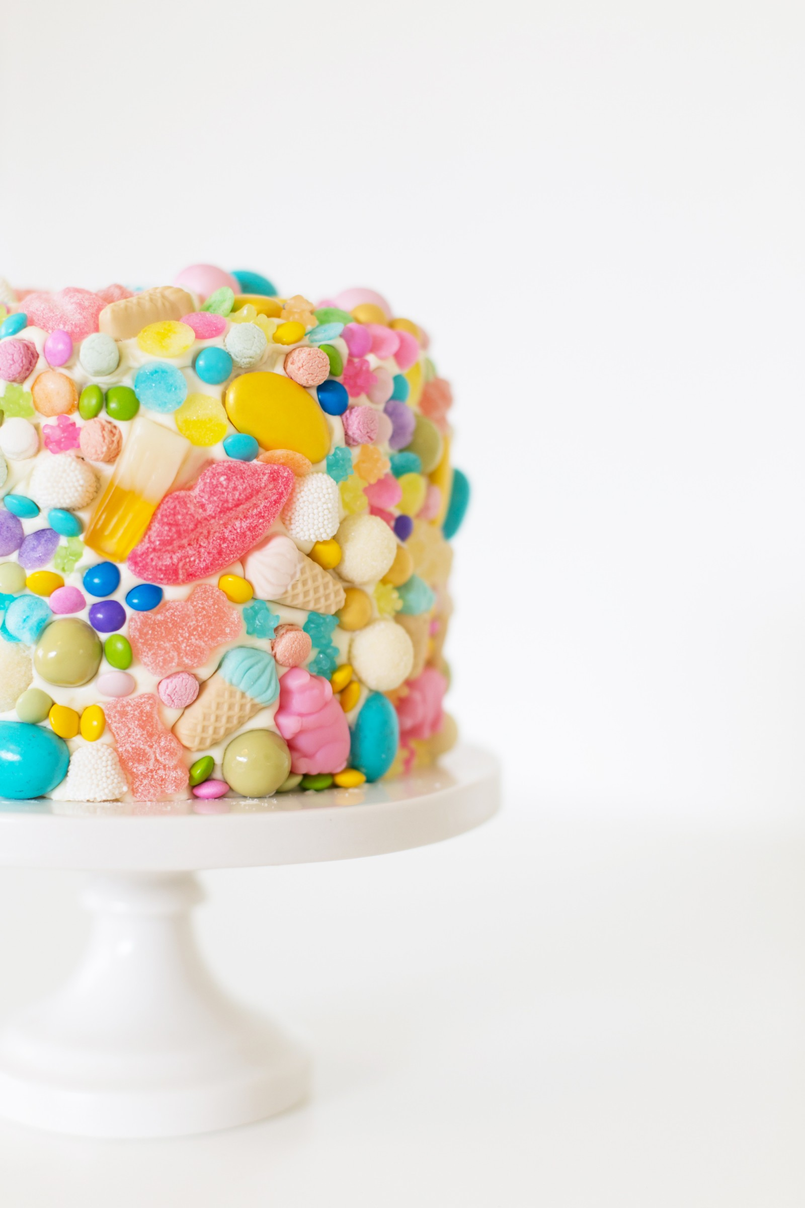 41 Easy Birthday Cake Decorating Ideas That Only Look