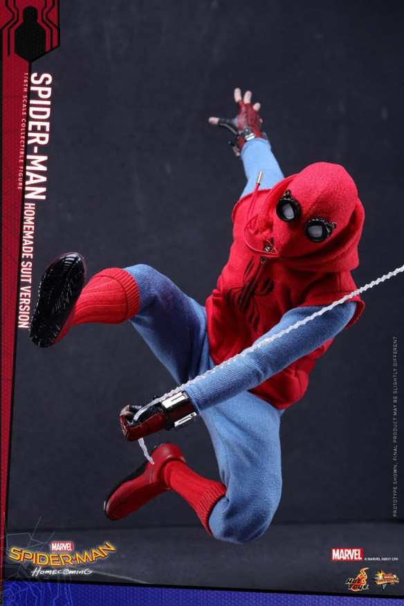 Spider-Man: Homecoming Hot Toys Homemade Suit