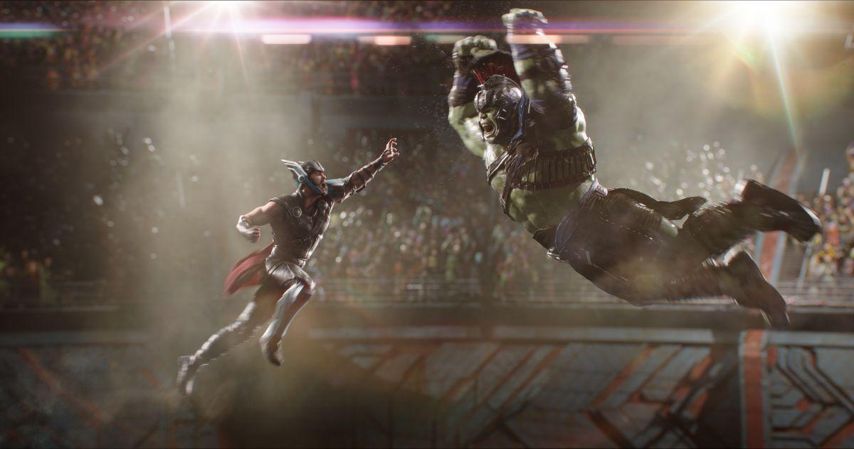 Resultado de imagem para thor ragnarok thor vs hulk