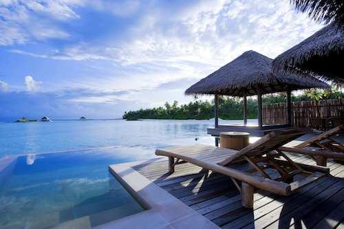 Maalifushi water villa & pool