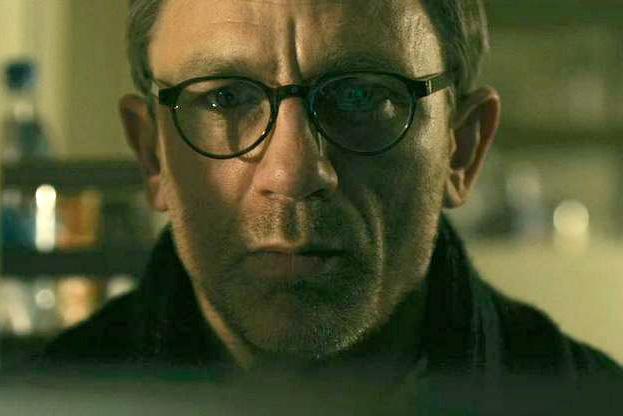 Daniel Craig Wearing MYKITA HELMUT Glasses In Girl With