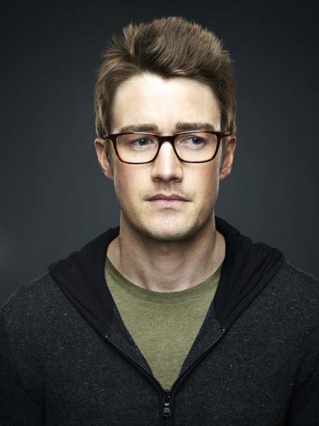 Robert Buckley Wearing Face A Face KAZAN 1 Eyeglasses