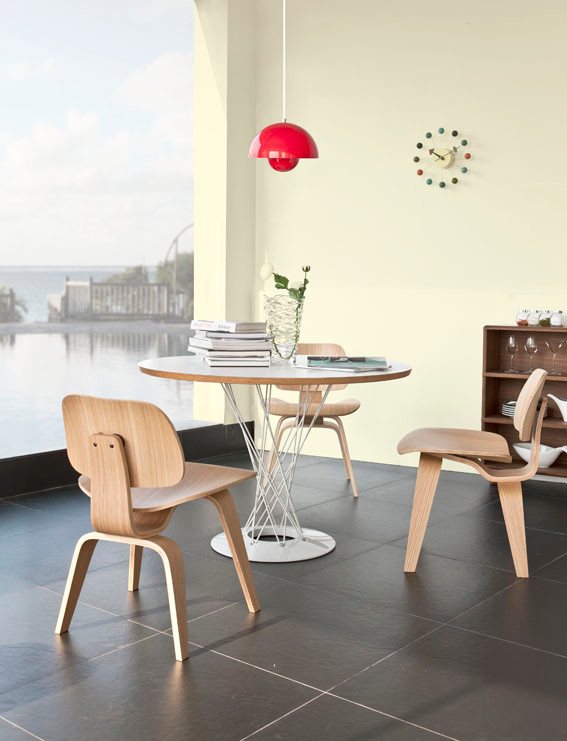 Charles and Ray Eames Dining Setting