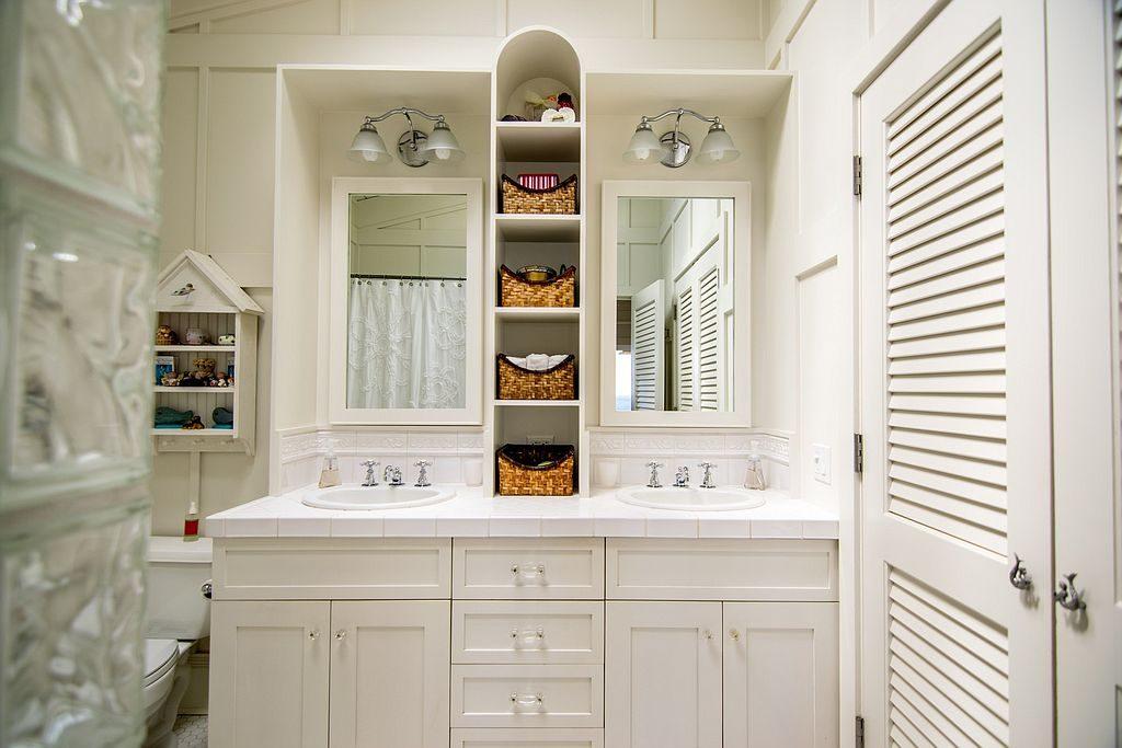 pat-benatar20-bathroom