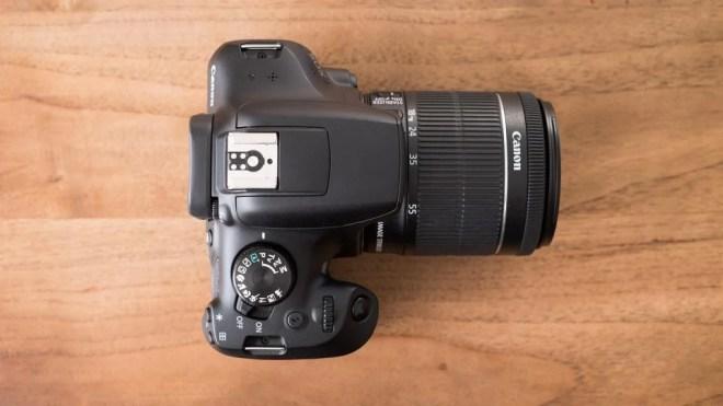Canon EOS 1300D top