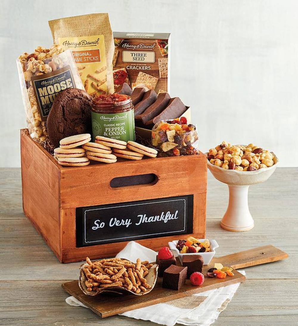Harry & David's Packaging Design for their Thanksgiving Gift Basket!