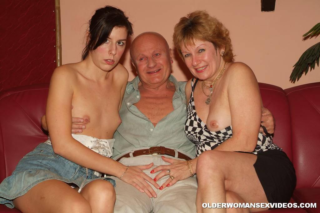 Ebony Milf Threesome Ffm