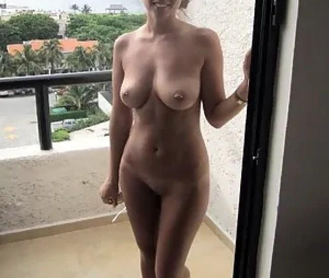 Amateur Moms Pics At Hot Naked Moms