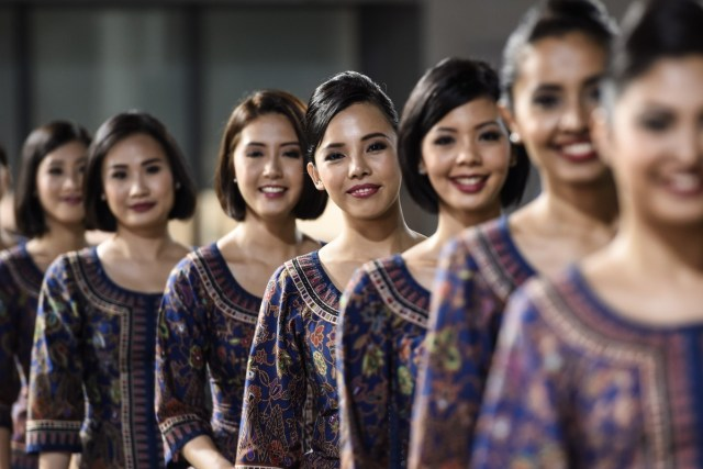 the history of singapore airlines: the planes, the service