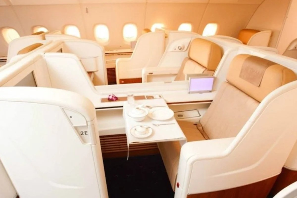 Want to travel first class? Here are 8 reasons why flying ...