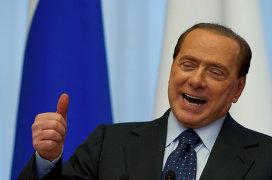 © РИА Новости / Сергей Гунеев Премьер-министр Италии С.Берлускони на пресс-конференции в Сочи
