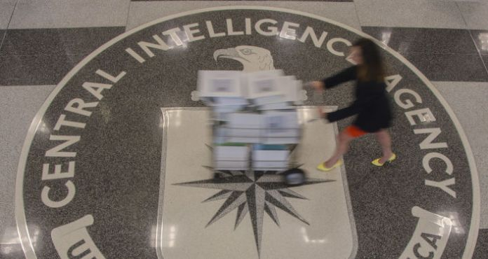 'All the Evidence' Suggests Guccifer 2.0 is Linked to CIA, Not Russia, NSA Whistleblower Says