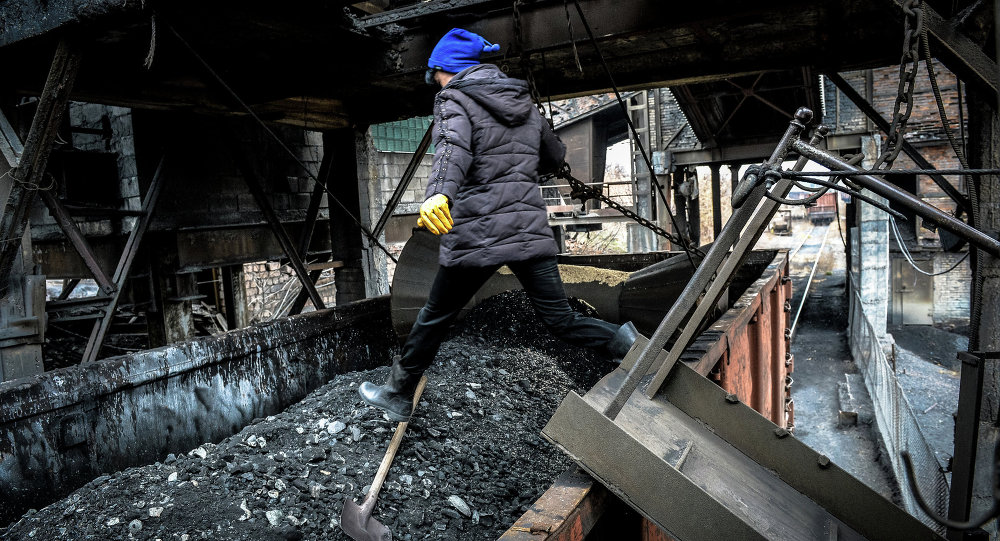 Loading coal at the Chelyuskintsev mine in Donetsk.