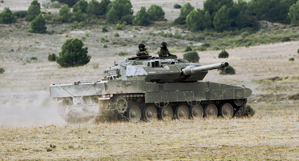 Spanish Leopard 2 tank going into position