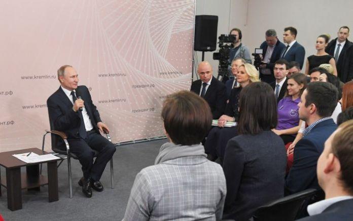 Multi-Faith Russia Needs Strong Presidential Power – Putin