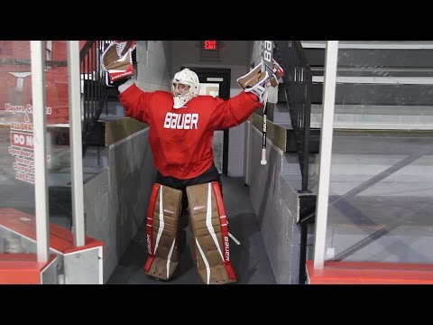 Kane Van Gate - Custom Bauer Reactor 9000 On Ice Demo