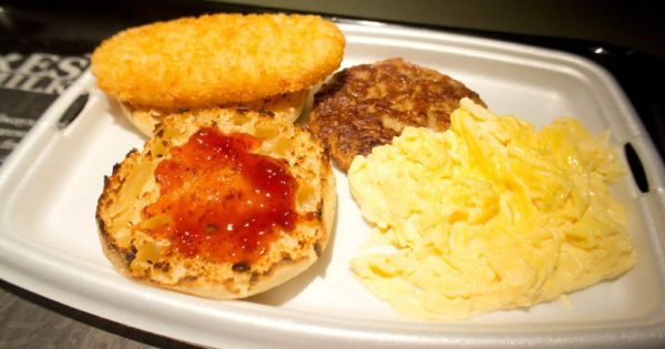 What Time Does McDonalds Stop Serving Breakfast?