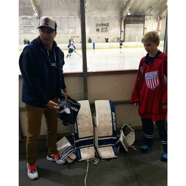 """How sick is his Bauer setup?"" -Kane Van Gate #BauerInvite ..."