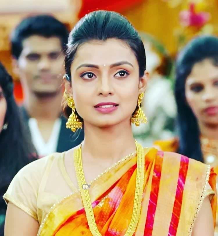 Mayuri Deshmukh Marathi Actress Photos Biography Khulta