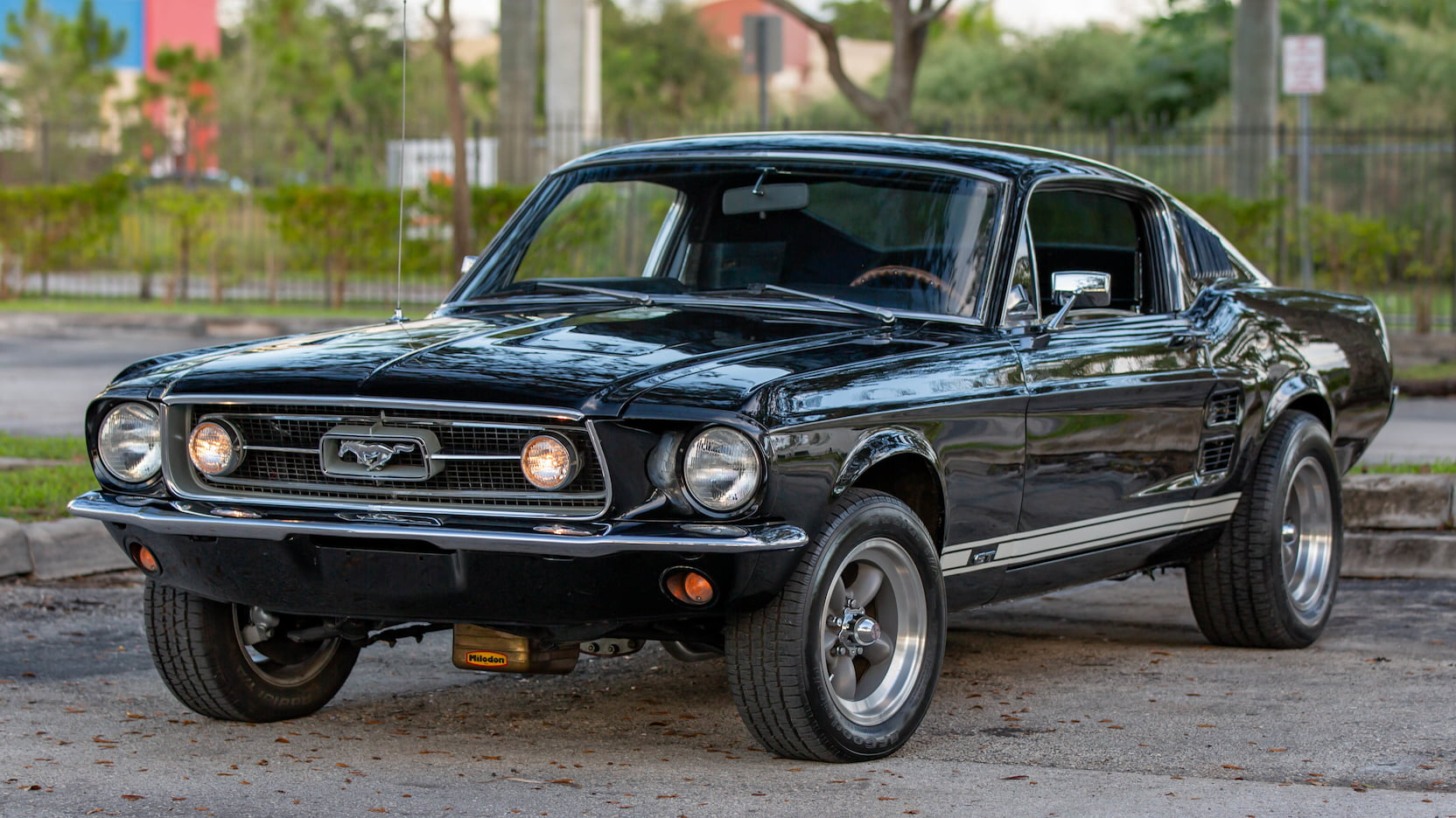 The fastback is usually referred to in literature as a 2+2. 1967 Ford Mustang Gt Fastback T210 Kissimmee 2020