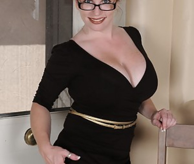 Milf Glasses Pictures