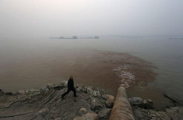 environmental-problems-pollution-25__880