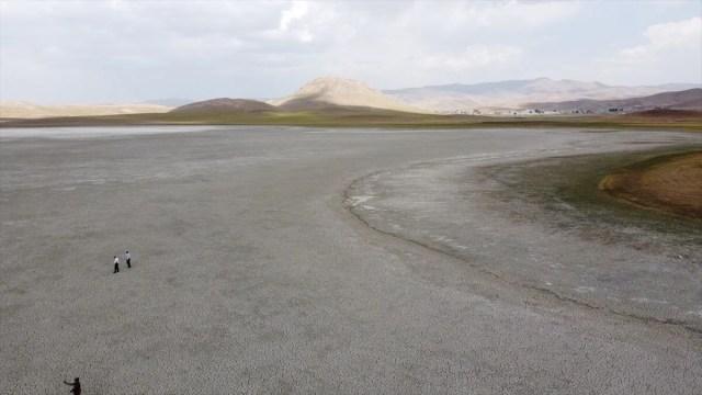 Van'da Akgöl'den sonra Saray Tuz Gölü de kurudu - 4