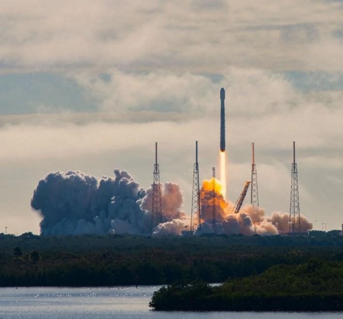 SpaceX'e roket üssü kurması için teklif edilen adanın halkı: Elon Musk'ı burada istemiyoruz - 5