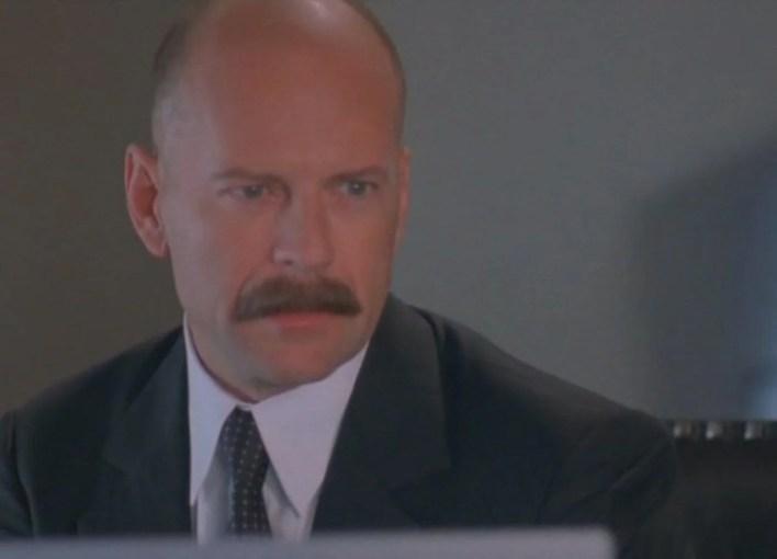 66. yaşına özel unutulmaz Bruce Willis filmleri - 41