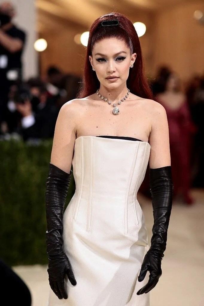 2021 MET Gala'nın en ilginç kıyafetleri - 5