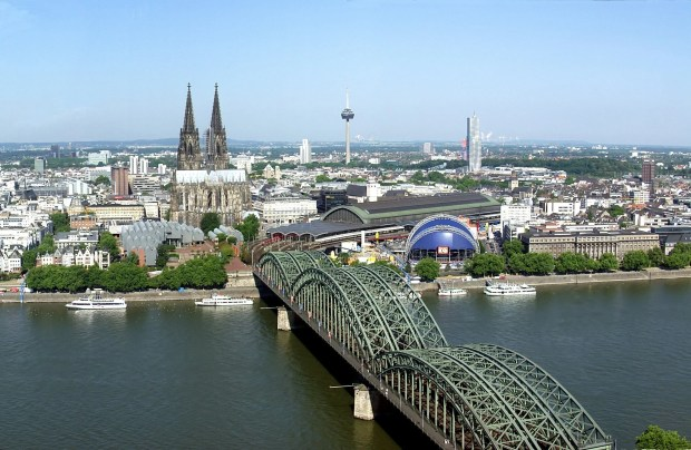 8) UNIVERSITY OF COLOGNE  - ALMANYA (KÖLN)