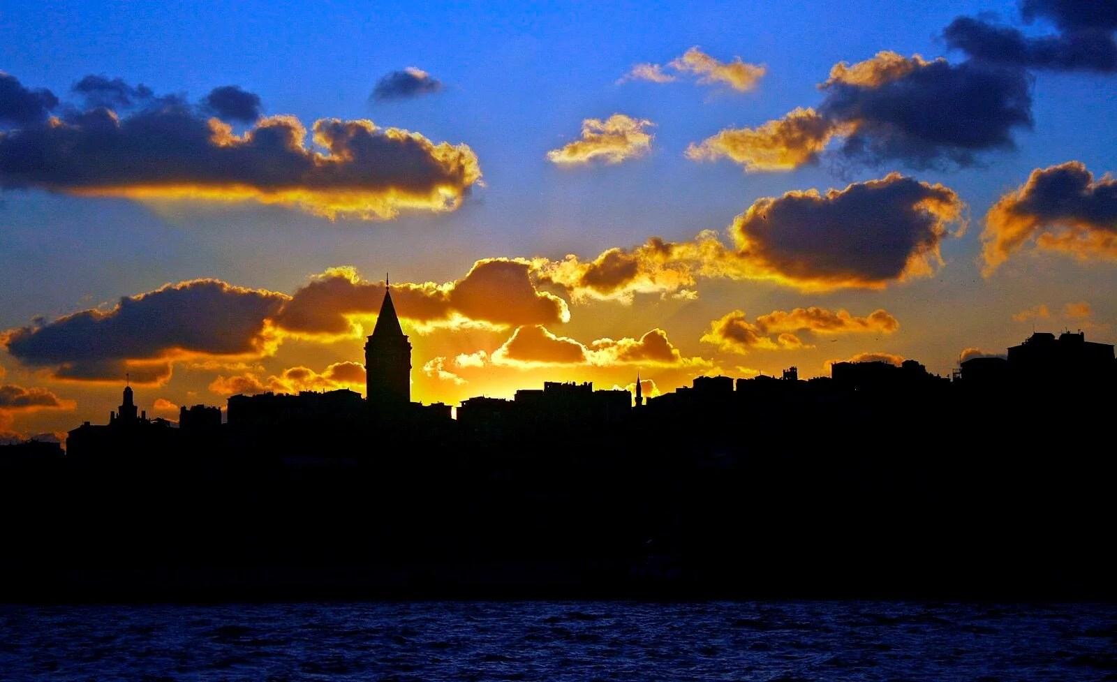 Galata Kulesi tarihi ve hakkında bilinmesi gerekenler (Galata Kulesi nerede, hikayesi nedir, efsaneleri neler, nasıl gidilir ve giriş ücreti ne kadar?) - 8