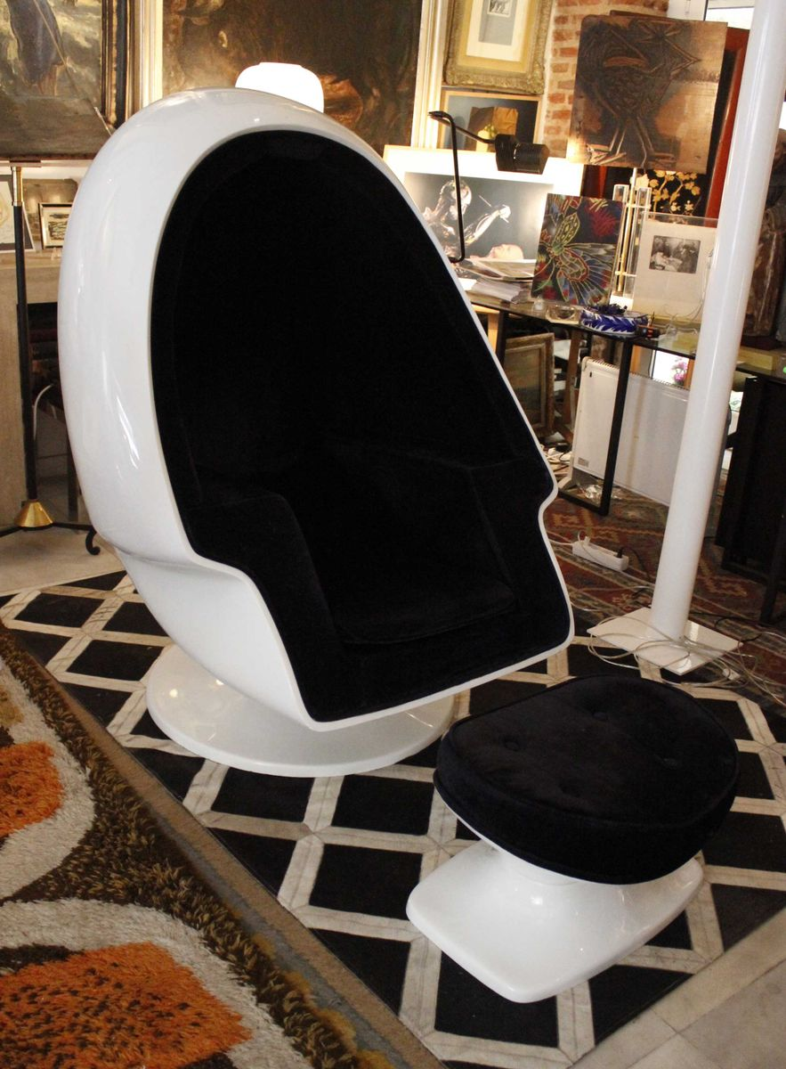 Spanish Swivel Egg Chair With Speaker 1960s For Sale At