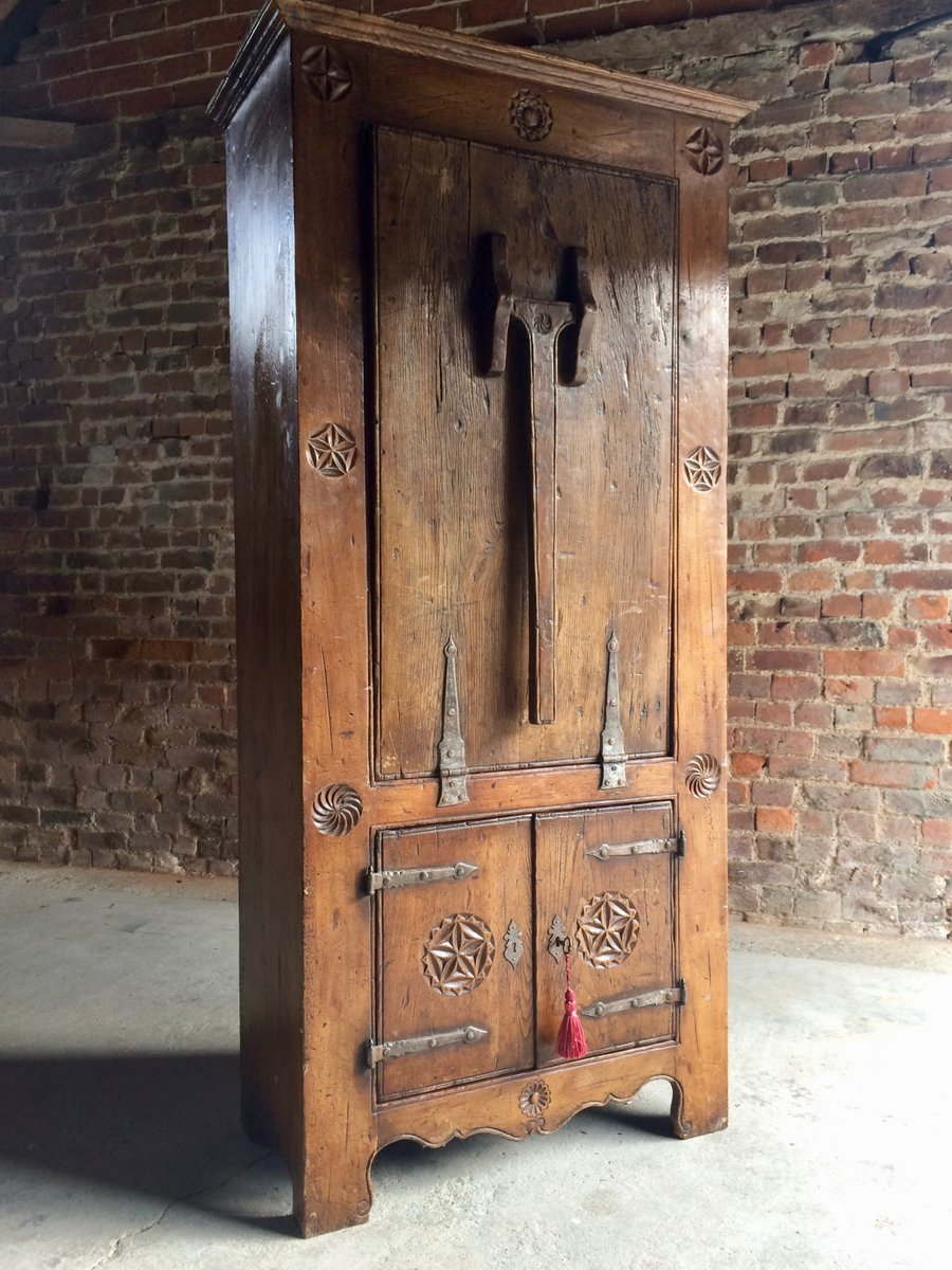 16th Century Dutch Solid Oak Cabinet Amp Drop Down Table 1570s For Sale At Pamono