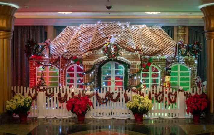 Disney Cruise Line 2018 Holiday Gingerbread Displays