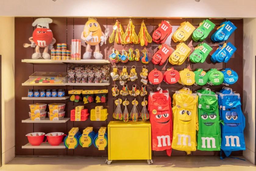 Mercancía en la tienda de M&M