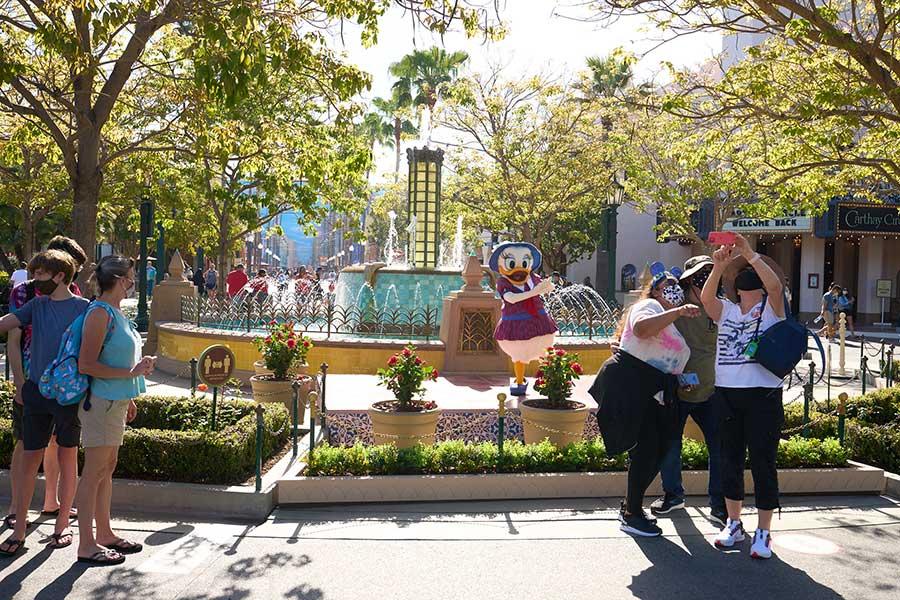 Character experiences, Disneyland Resort