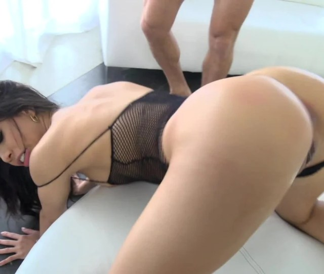 Fucking Veronica Rodriguez Makes The Latina Girl Squirt