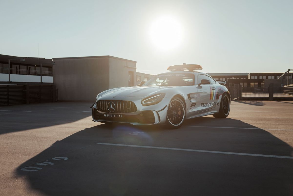 New Mercedes safety car