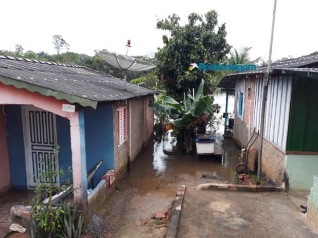 Vídeos: Cheia no Rio Candeias ultrapassa marca histórica
